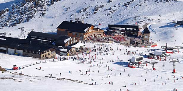 English-based Ski Experiences in the Sierra Nevada, Andalucia, Spain