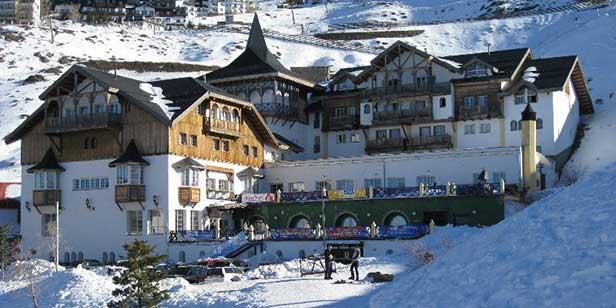 Hotel GHM Monachil Sierra Nevada front view